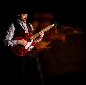 Ewan-Gibson-Epiphone-Les-Paul-photo-kelly-muir-2017
